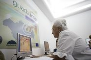 La red Guadalinfo permite a diario el acceso público a internet a muchos andaluces.