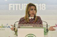 La presidenta Susana Díaz durante la inauguración del expositor de Andalucía en Fitur 2018.
