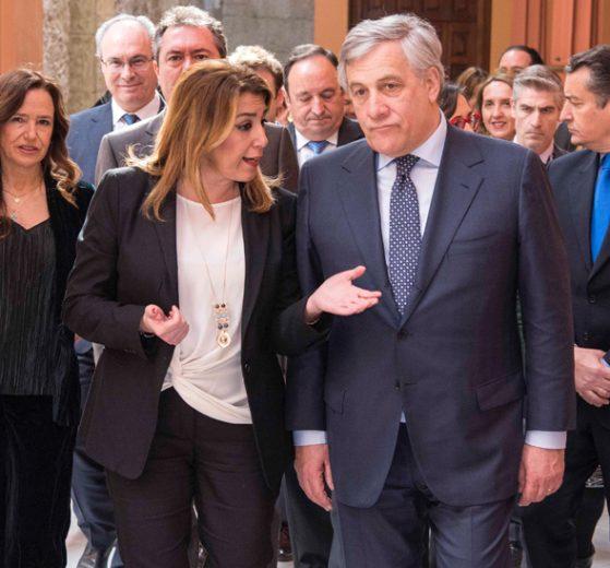 La presidenta de la Junta, Susana Díaz, junto al presidente del Parlamento europeo, Antonio Tajani, defenderá en el Comité Europeo de las Regiones el papel de Andalucía en el reparto de los futuros fondos comunitarios.