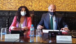 La consejera de Igualdad, Rocío Ruiz, y el alcalde de Algeciras, José Ignacio Landaluce.