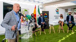 El consejero de Educación y Deporte, Javier Imbroda, en la presentación del programa.